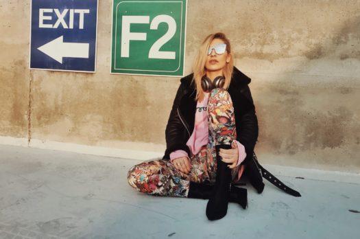 Roz & Graffiti în Miez de Decembrie